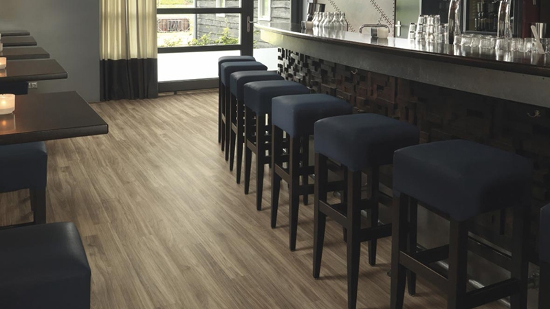Линолеум SureStep Wood (ШурСтеп Вуд)  Forbo